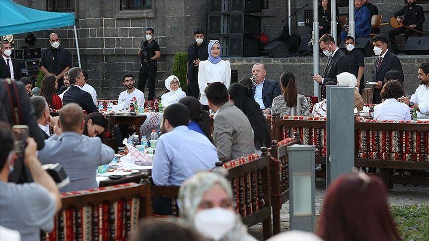 Bahçeli'nin 'resti': AK Parti'ye Kürt desteği yüzde 16'ya kadar düştü - Sayfa 3