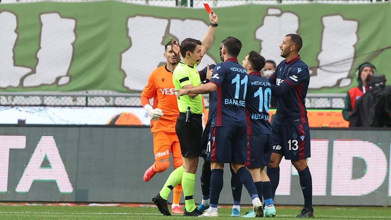 Konya'da 4 gol, 1 kırmızı kart