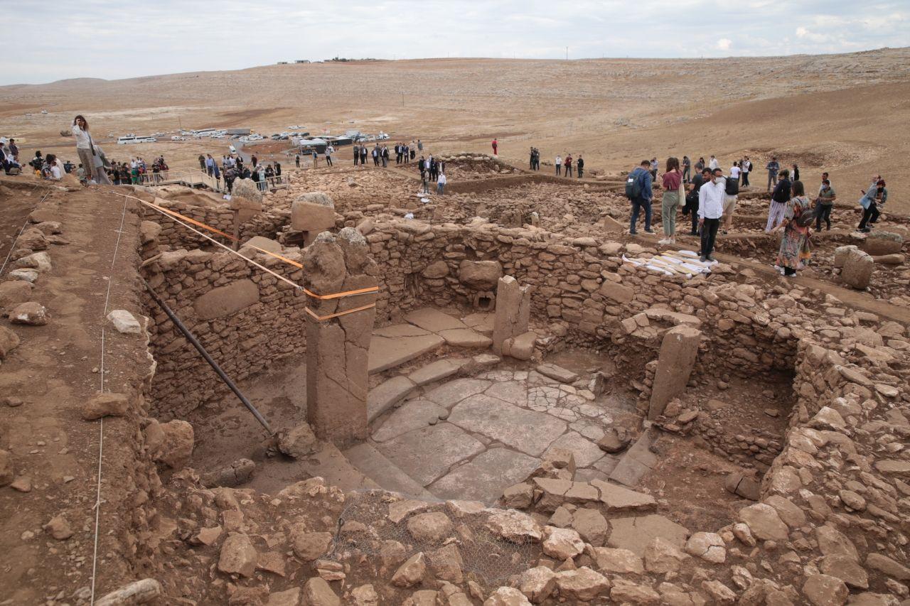 Ersoy: Karahantepe'deki çalışmaların sonuçları arkeoloji dünyası için ciddi bulgular ortaya koyacak - Sayfa 4