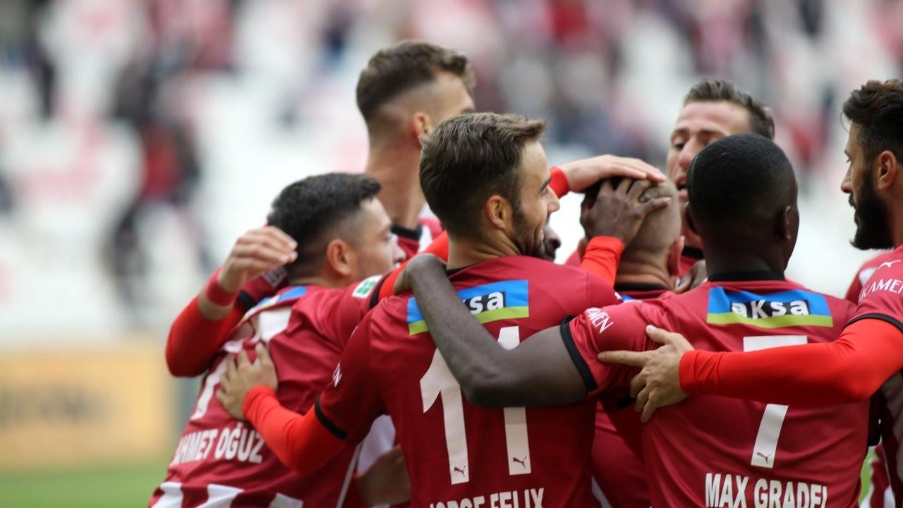 Sivasspor gol oldu yağdı: 4-0