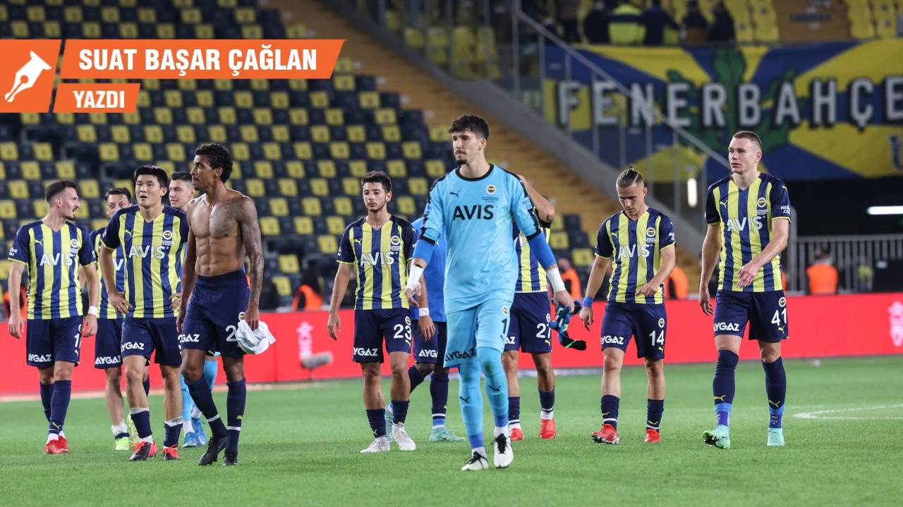 Fenerbahçe, üçlü savunma ve mutluluk