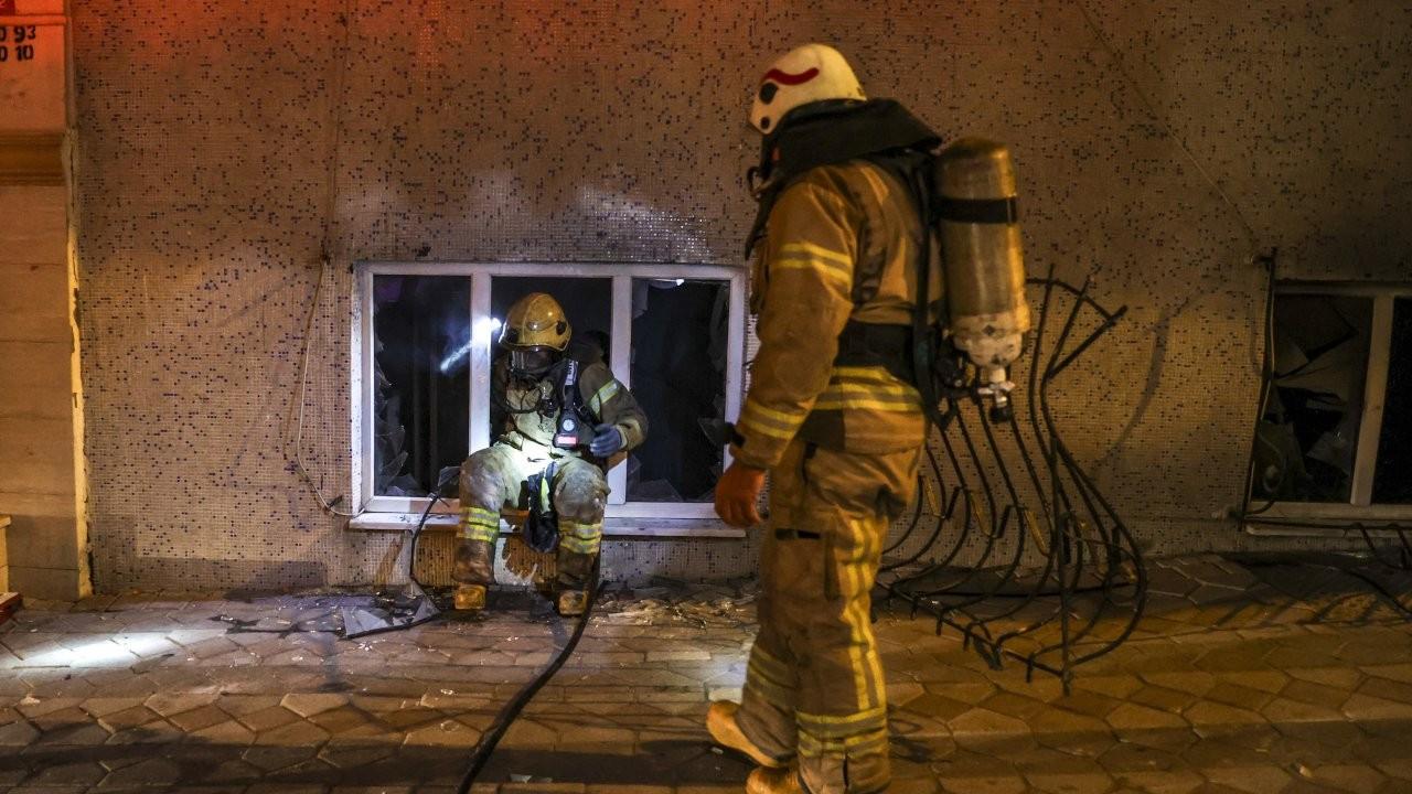 Sultangazi'de yangın: 3'ü çocuk 11 kişi hastaneye kaldırıldı
