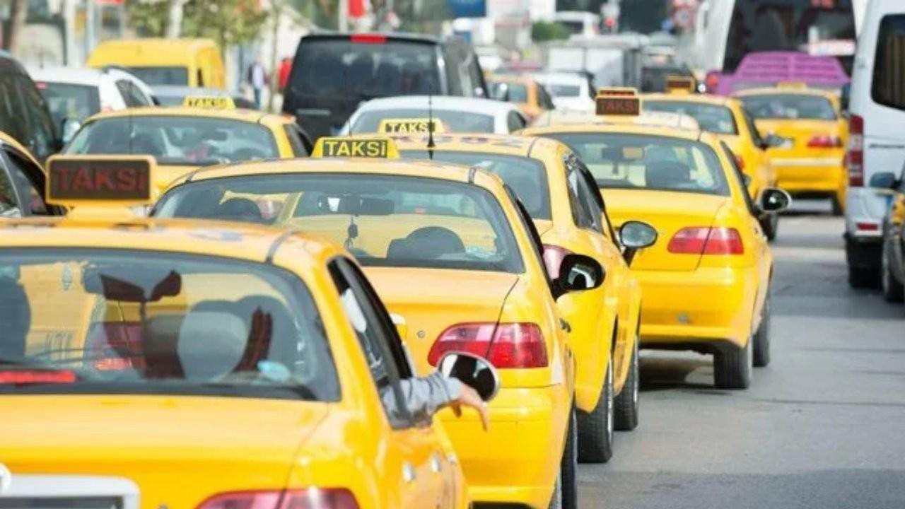 İBB Sözcüsü: Taksiler için 'yasadan kaynaklanan' uygulamalar başlıyor
