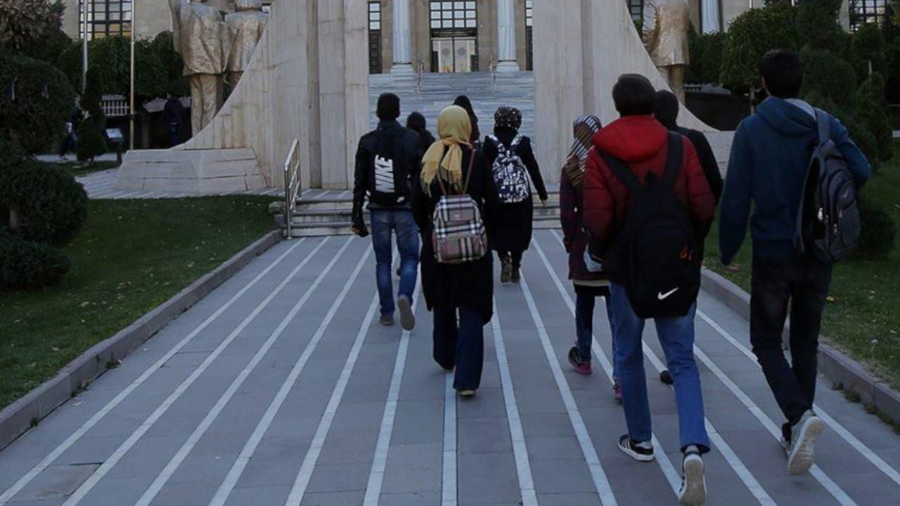 Üniversite öğrencileri okuldan çok barınma sorununu düşünüyor