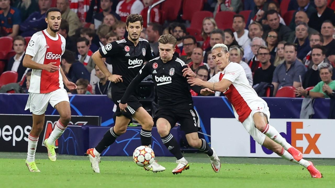 Beşiktaş Ajax'a 2-0 yenildi