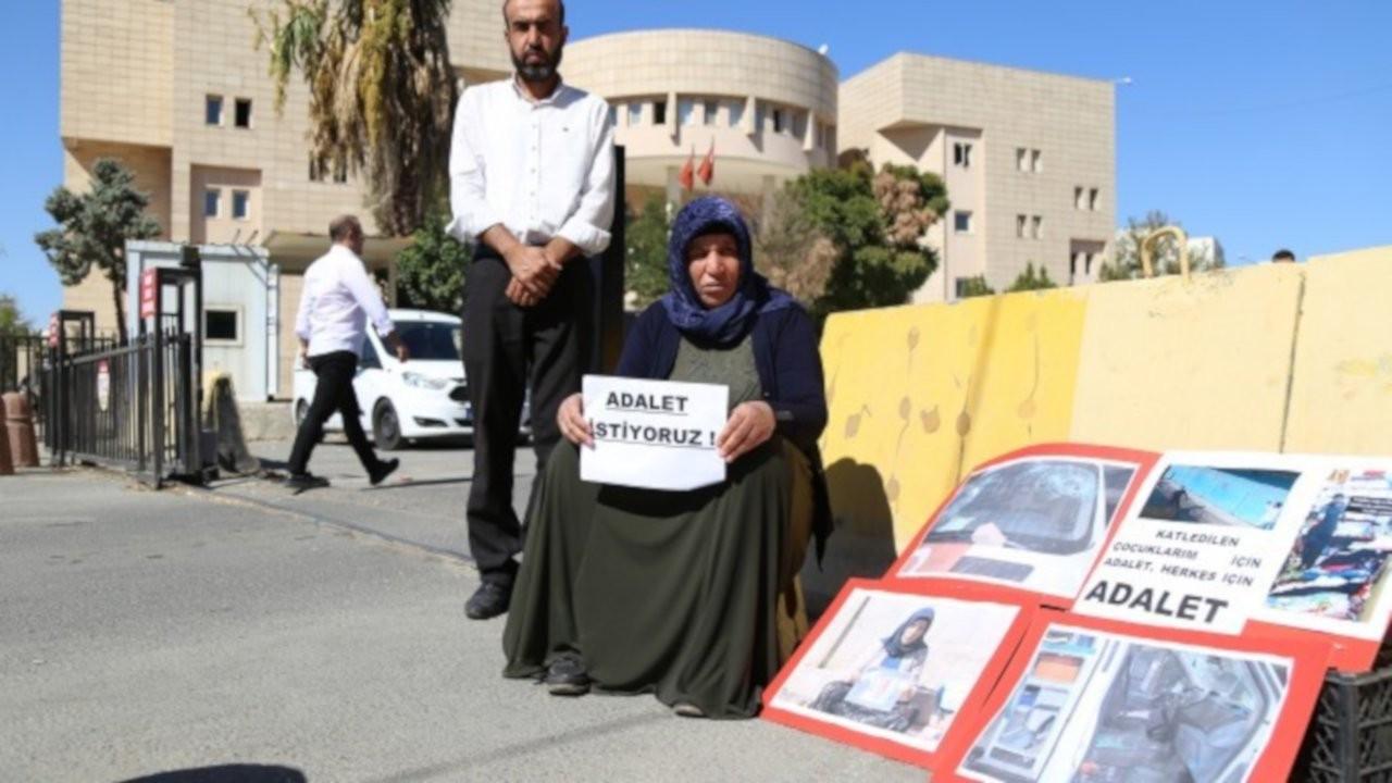 Şenyaşar ailesinin pankartı gözaltına alındı