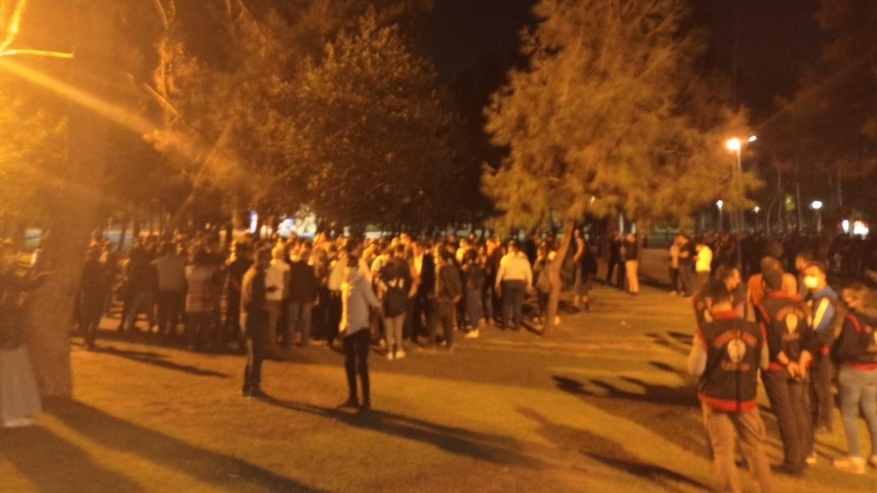 İzmir'de 'Yurtsuzlar'ın nöbeti sürüyor: Polis ablukaya almak istedi