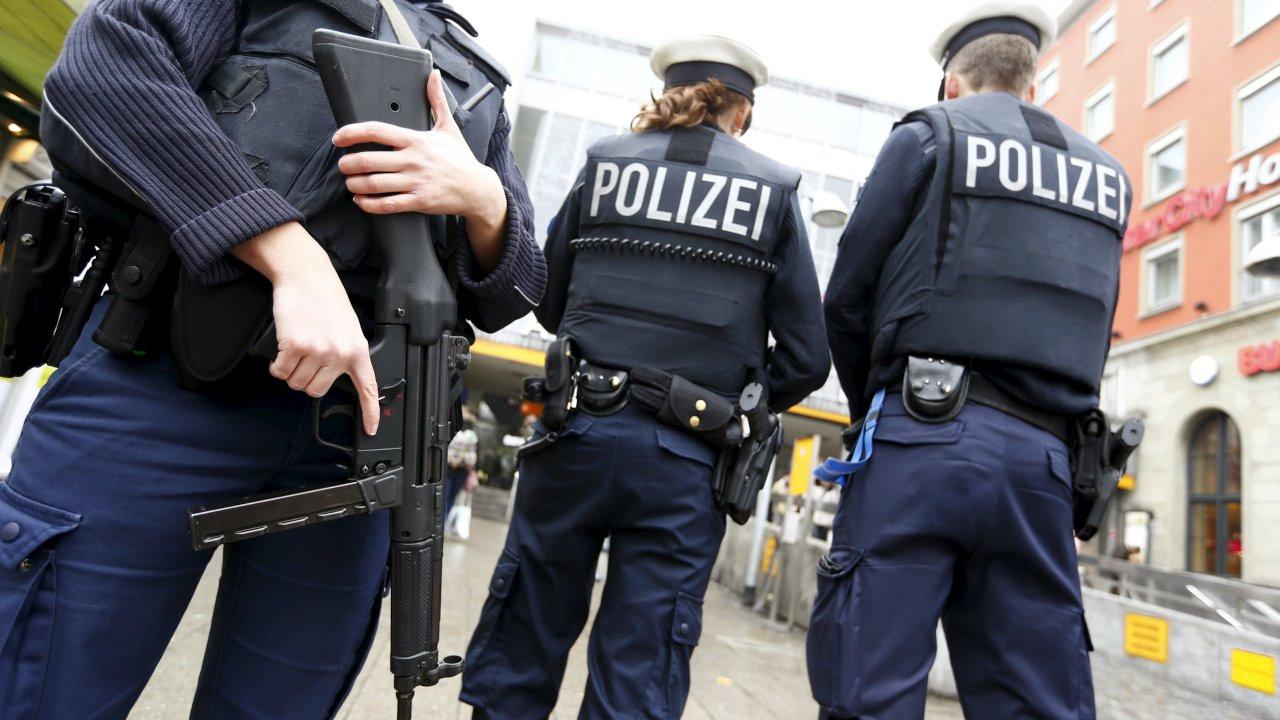 Almanya'da 'MİT casusu' operasyonu: Bir kişi gözaltında