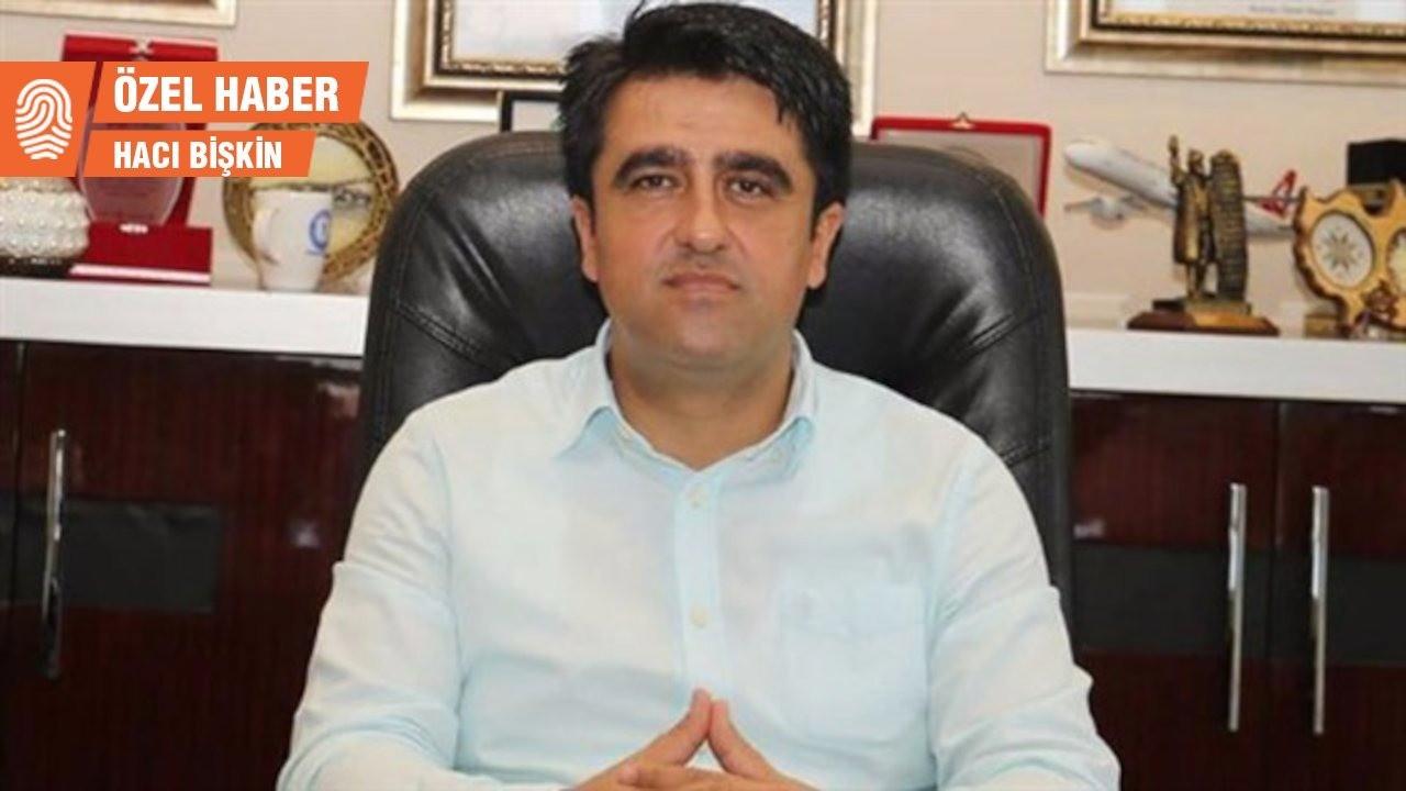 AK Partili başkan gazeteciden rahatsız oldu: Bu haber mi?