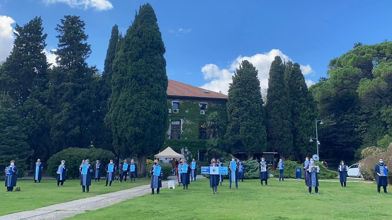 Boğaziçi'nde akademisyenlerin nöbeti 274'üncü gününde