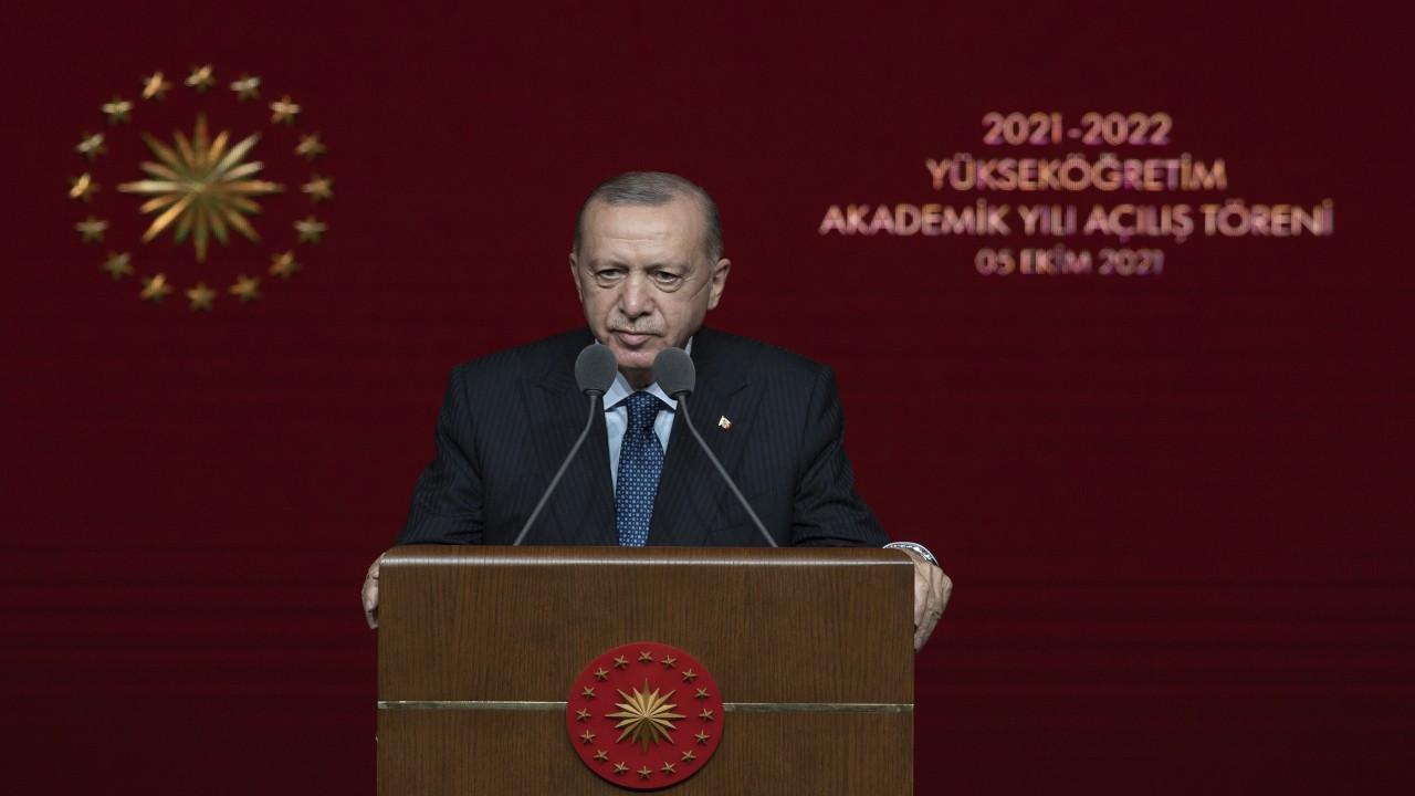 Erdoğan: Rektörün arabasının üzerinde tepinen öğrenci bize gerekmez