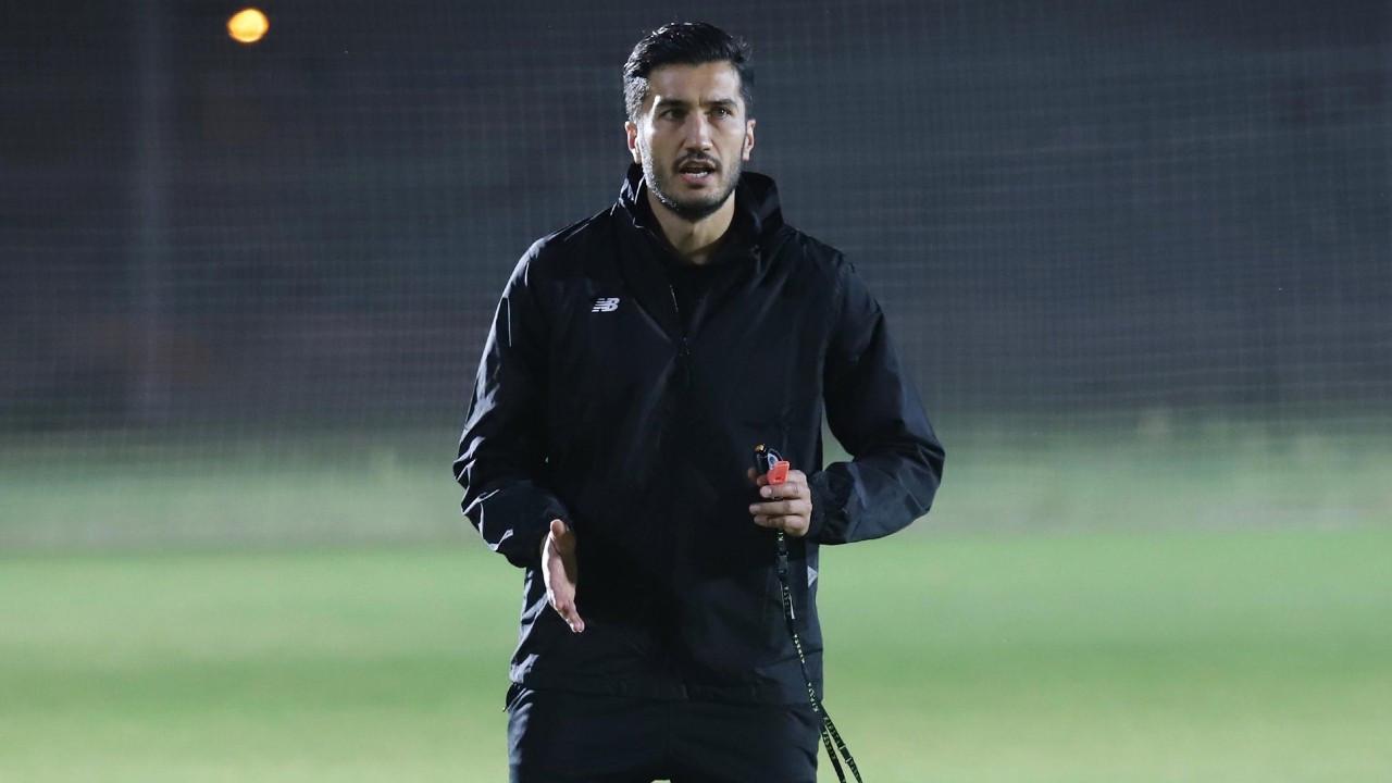 Antalyaspor'da Ersun Yanal'ın yerine Nuri Şahin getirildi
