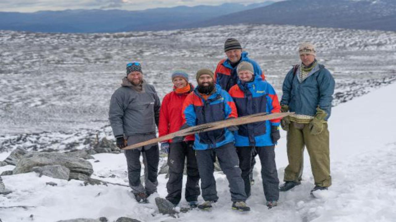 1300 yıllık kayak takımı bulundu
