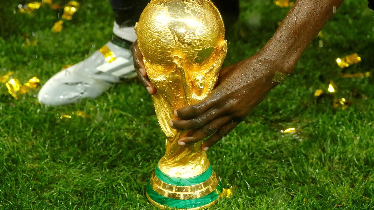 Uluslararası Olimpiyat Komitesi '2 yılda bir Dünya Kupası'na karşı