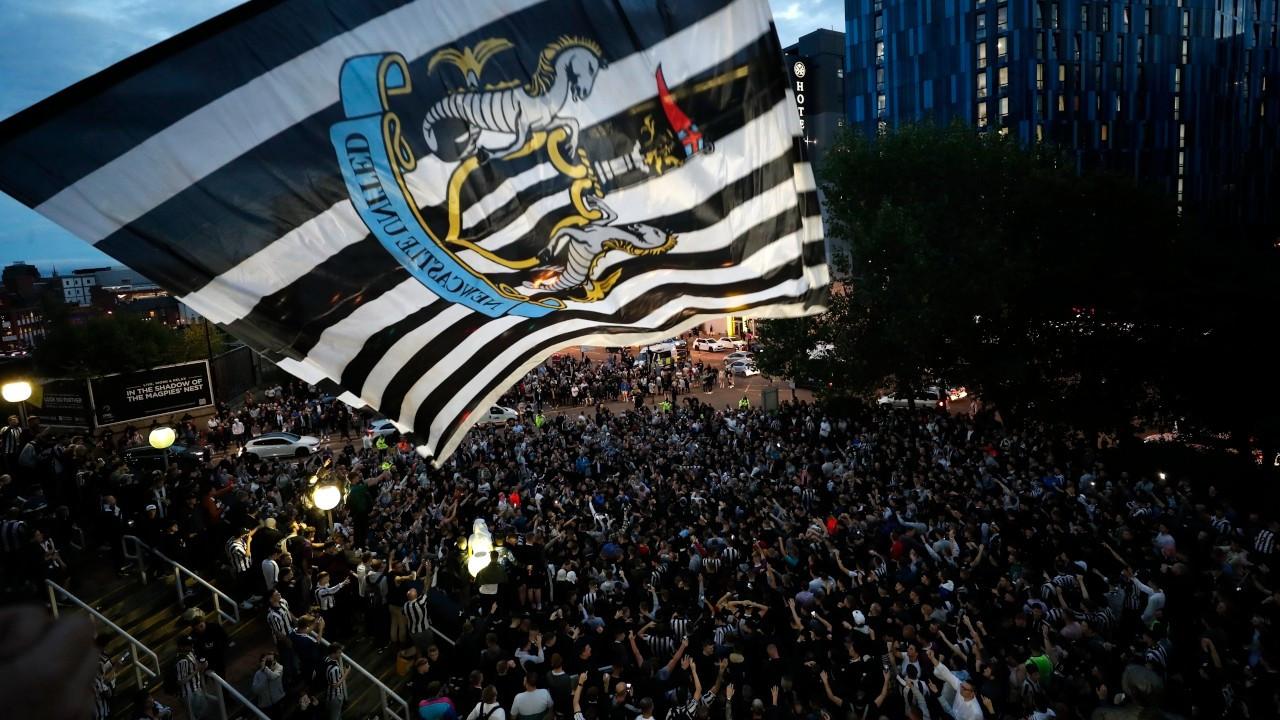 Newcastle United, Suudi Arabistan öncülüğündeki konsorsiyuma satıldı