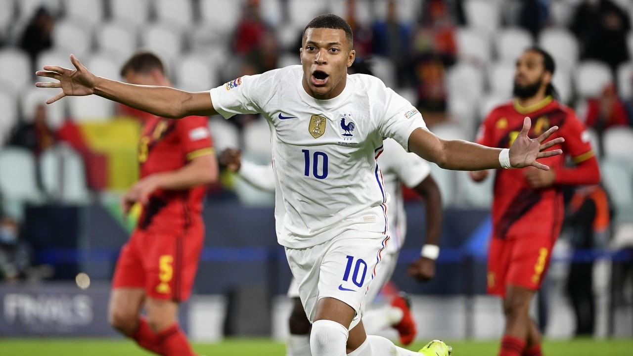 Fransa, 90. dakikada gelen golle UEFA Uluslar Ligi finaline çıktı