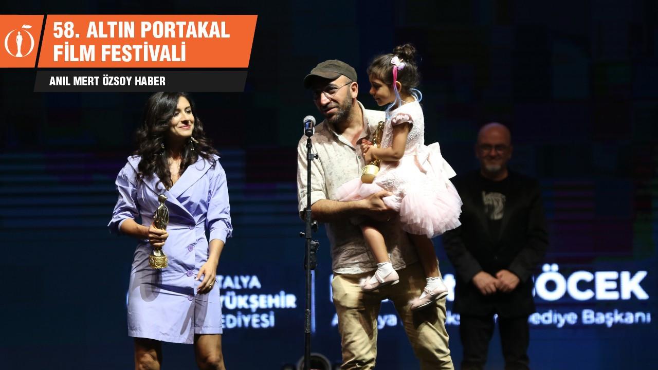 Altın Portakal'da 'En İyi Film' Okul Tıraşı oldu