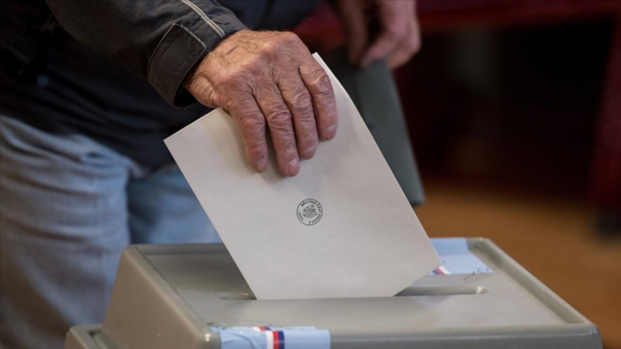 Çekya'da seçimi muhalif ittifak kazandı