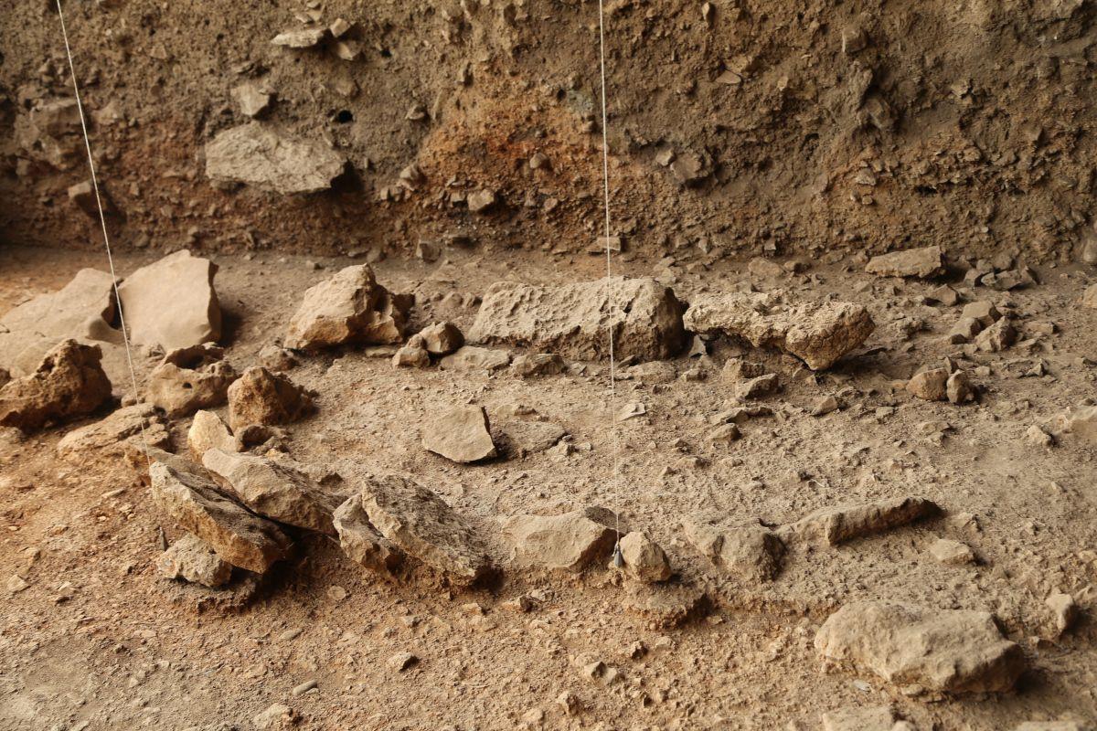 Direkli Mağarası'nda 14 bin 500 yıllık tarım aletleri bulundu - Sayfa 4