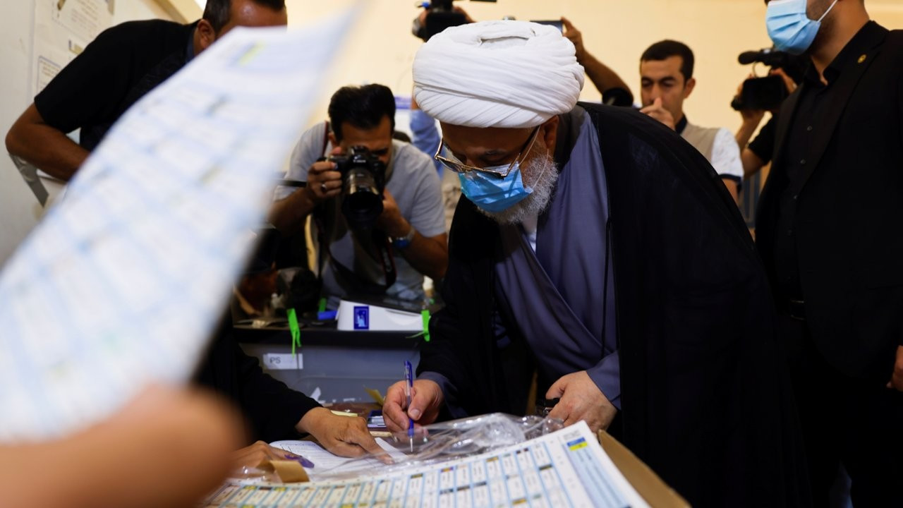 Irak'ta seçim: Katılım yüzde 25'te kaldı