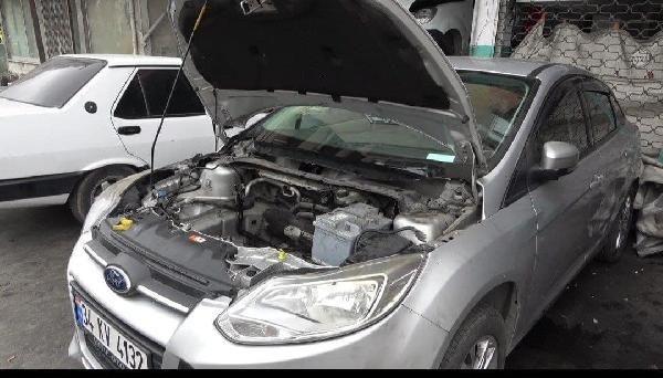 'Canavar gibi' denilen otomobilin motoru yandı - Sayfa 1