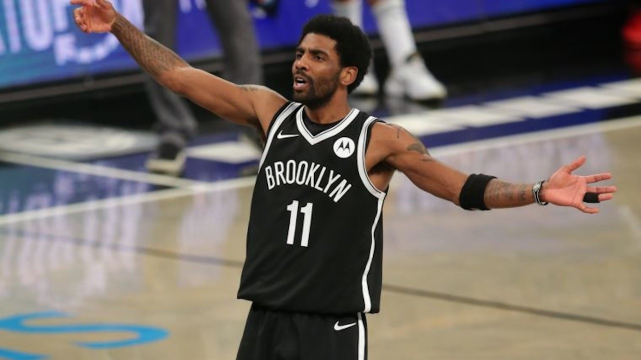 Brooklyn Nets oyuncusu Irving aşı olmadığı için maçlara çıkamayacak