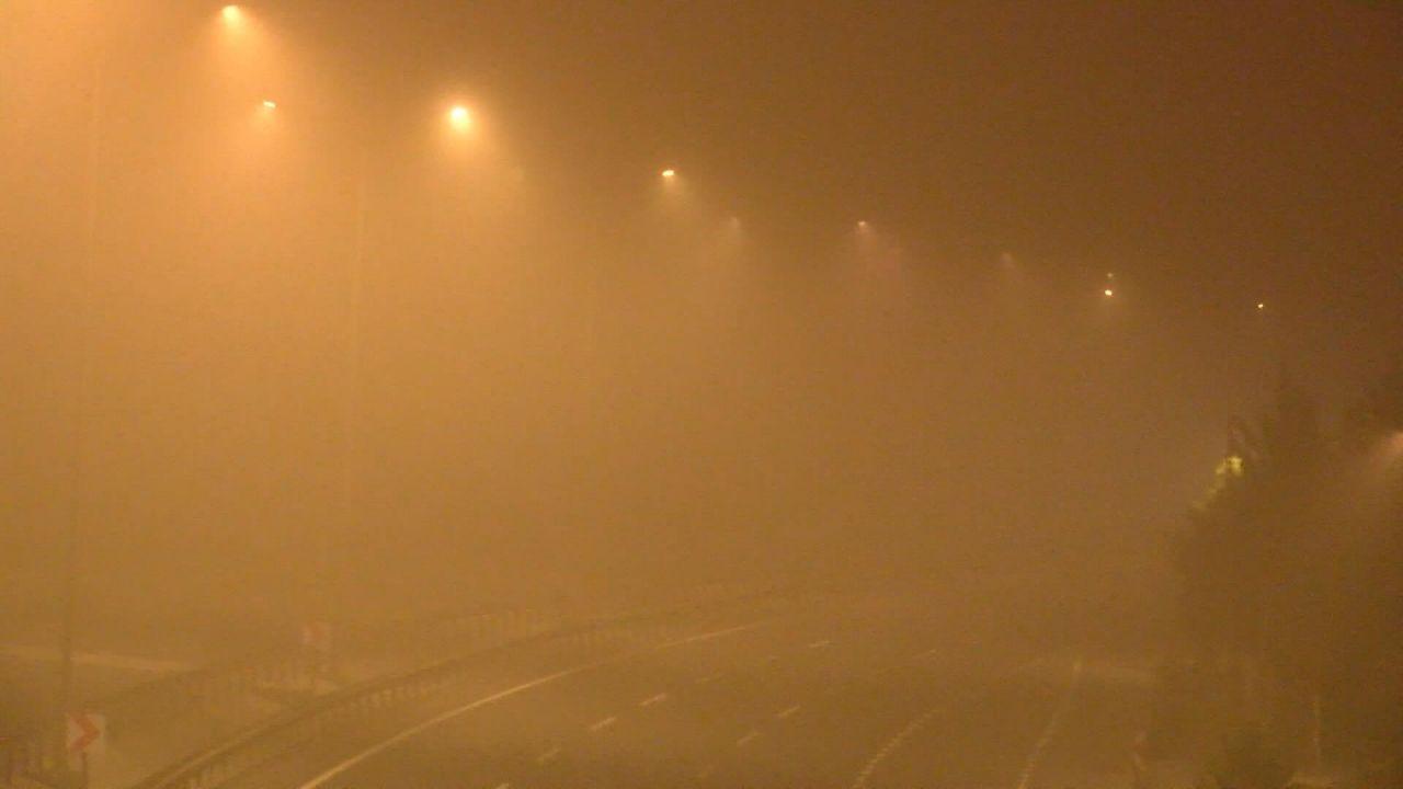 İstanbul'da sis etkili oldu - Sayfa 1