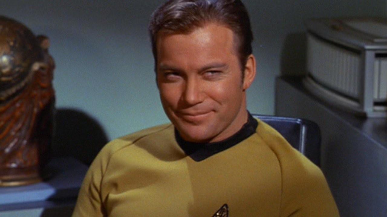 Star Trek'in Kaptan Kirk'ü William Shatner'in uzay yolculuğu ertelendi