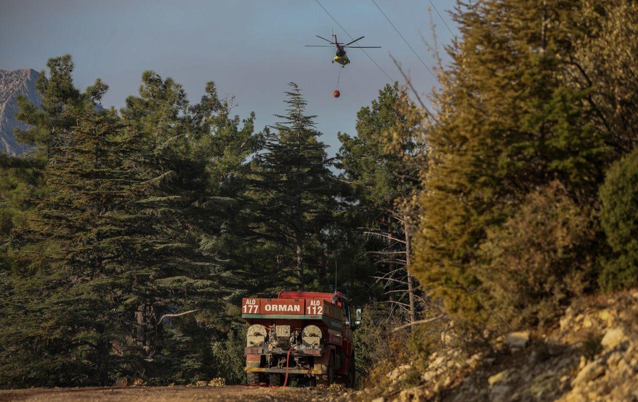 Antalya'da ormana düşen yıldırım yangın çıkardı - Sayfa 3