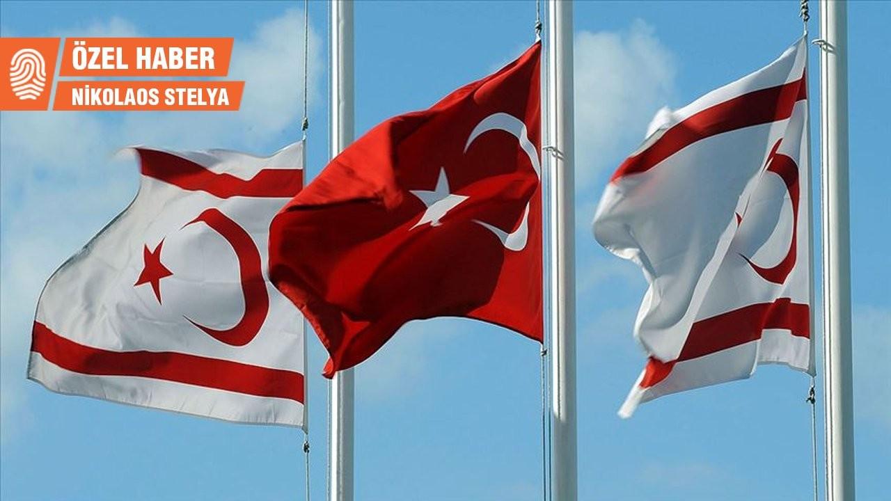 KKTC Türkiye'nin 'yasaklılar listesini' tartışıyor: 'Bu bir onur listesi'