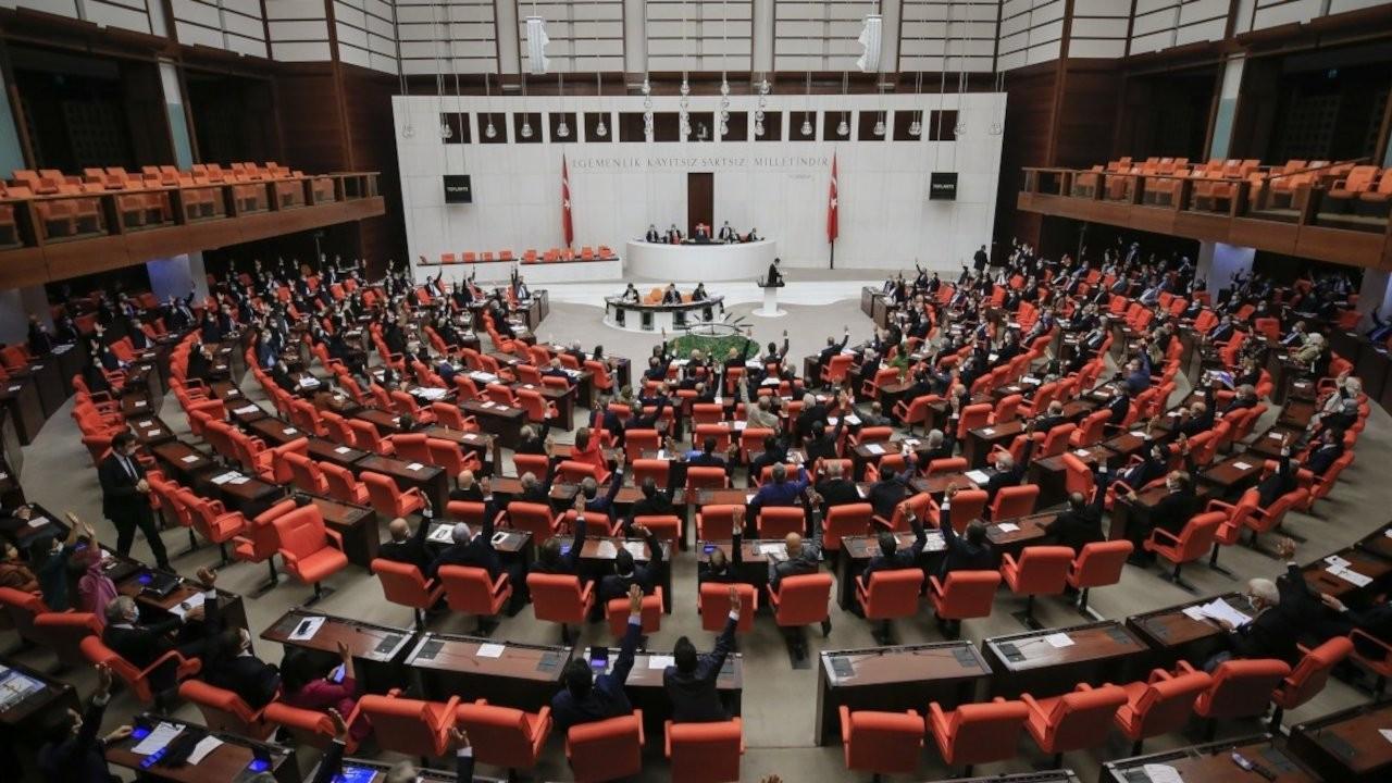 CHP'den MHP'ye asgari ücret vergisi için çağrı