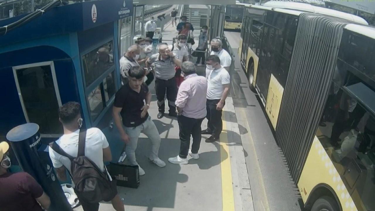 Metrobüste kör eden maske uyarısına 4 yıl 6 aya kadar hapis istemi