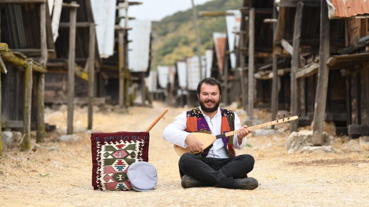 Emre Dayıoğlu'nun ilk albümü 'Heybemdeki Türküler' yayınlandı