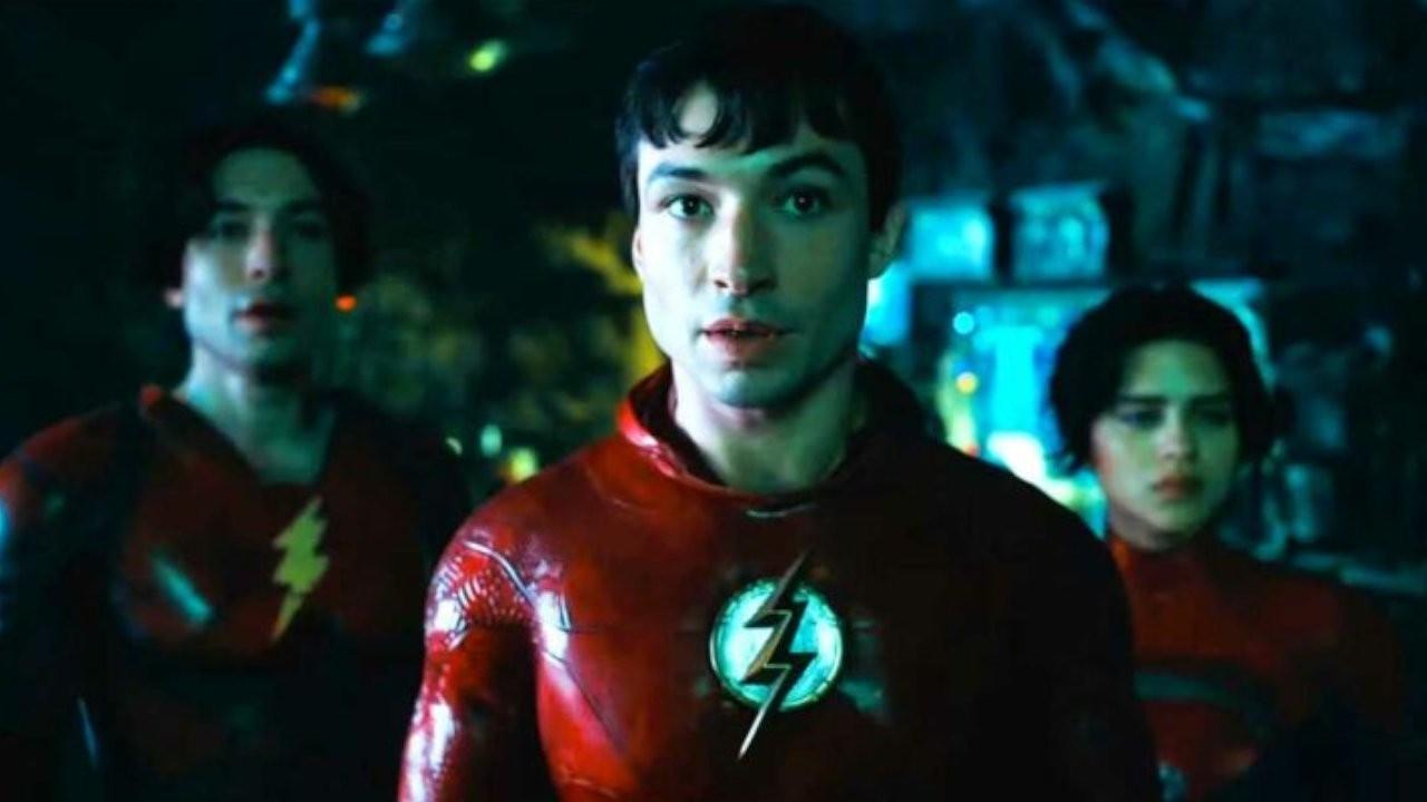 'The Flash'ten ilk fragman: 25 yıl önceki Batman dönüyor