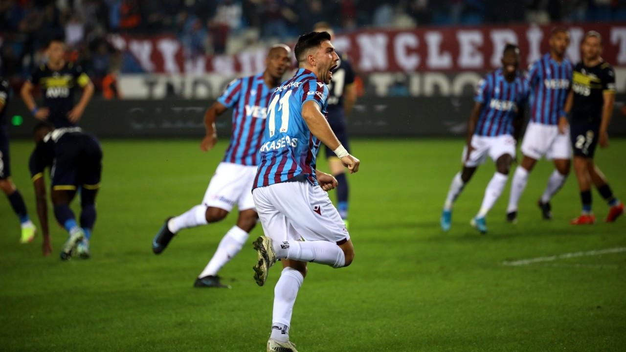 Trabzonspor zirveyi Fenerbahçe'den aldı: 3-1