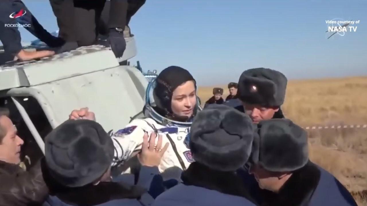 Rus film ekibi uzaydan döndü