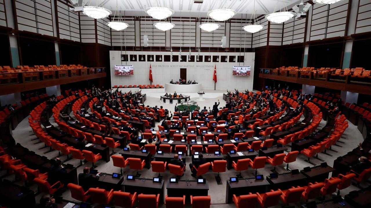 Irak ve Suriye tezkeresi Meclis'e sunuldu