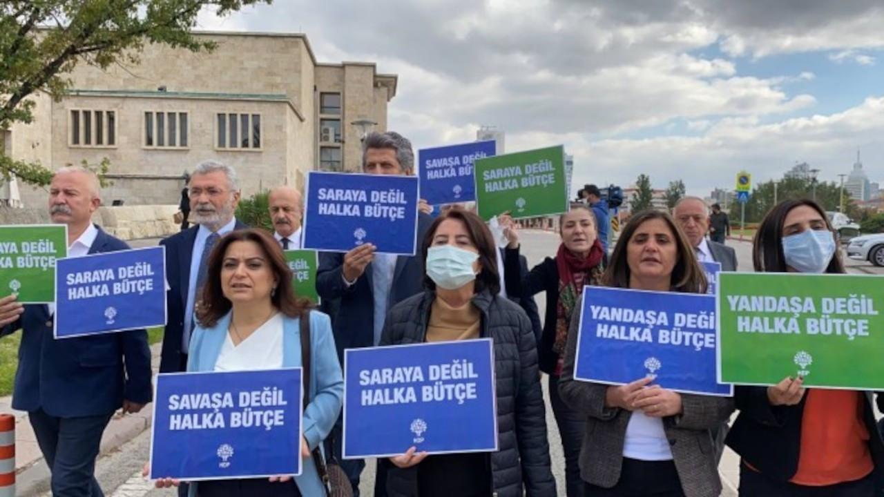 HDP'liler bütçe öncesi dövizli yürüyüş yaptı: Derin bir yoksulluk var