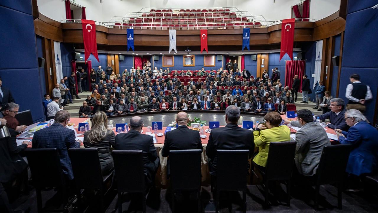 İzmir Büyükşehir Belediyesi muhtarları bir araya getiriyor