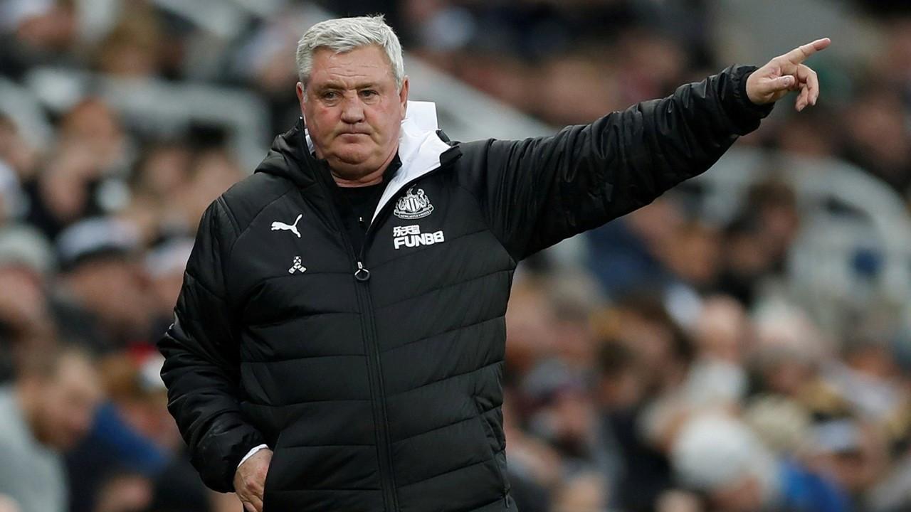 Newcastle'da değişim başladı: Teknik direktör Bruce ile yollar ayrıldı