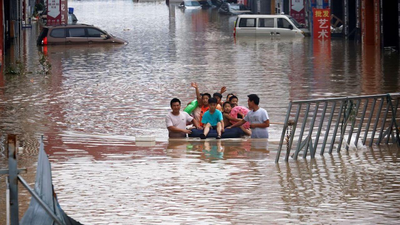 İklim değişikliği: En ağır bedeli savunmasız kent sakinleri ödeyecek