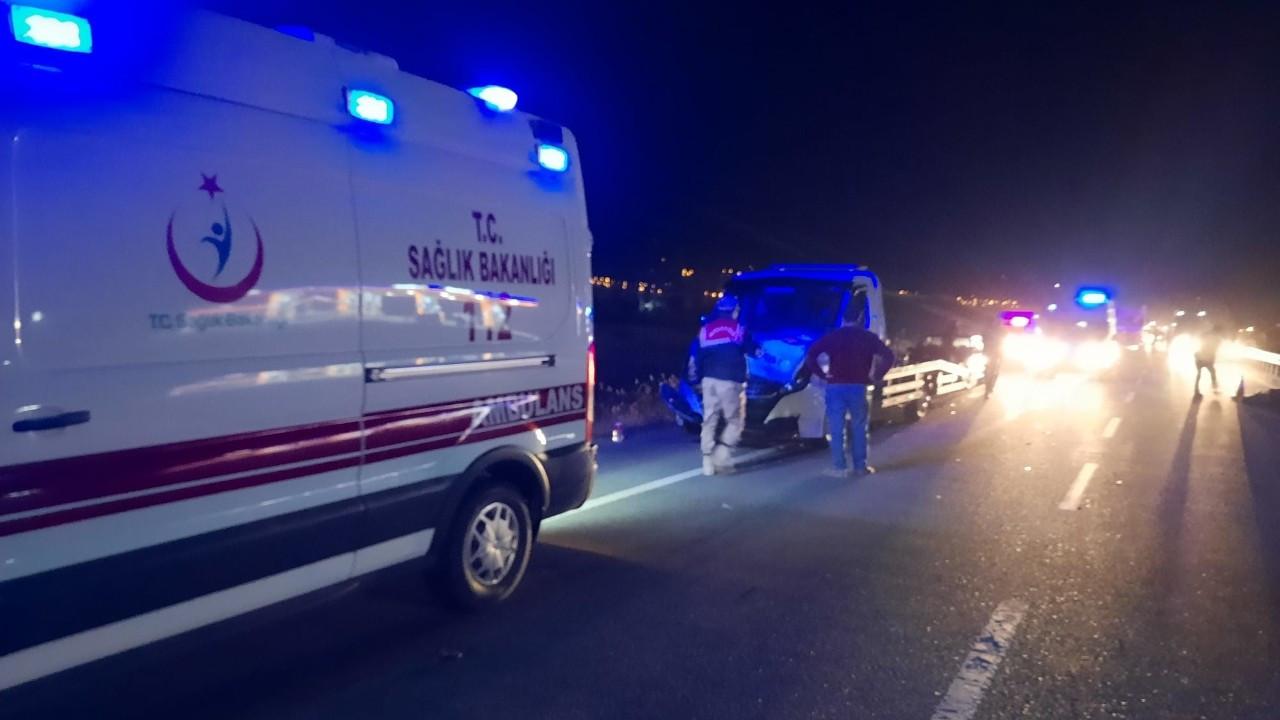 Erzincan'da zincirleme trafik kazası: 4 kişi yaralandı