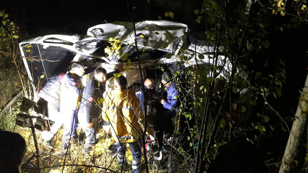 Tokat'ta kamyonet uçuruma devrildi: 3 ölü, 1 yaralı