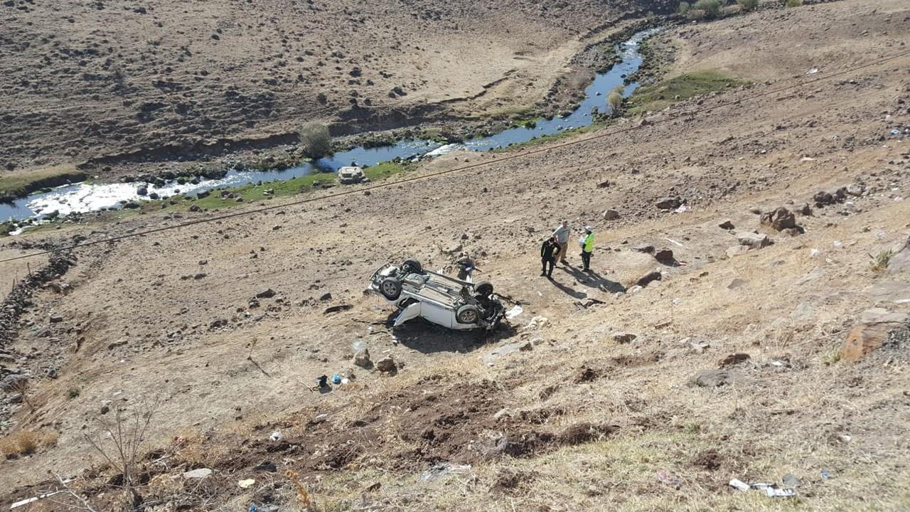 Bingöl'de kaza: 3 ölü, 3 yaralı